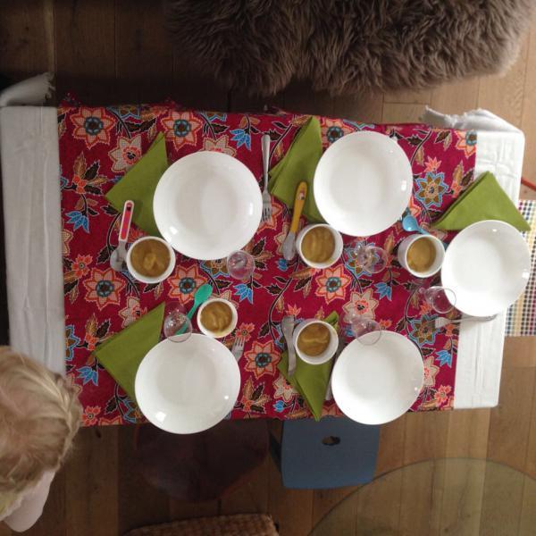 Gedeckter Tisch, Einladung, Let´s get the Party started, Guten Appetit, Tischit