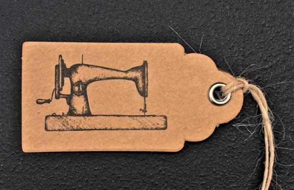 Anhänger Nähmaschine, Pappanhänger, massgeschneidert, auf Maß gefertigt, genau passend, Werbegeschenke, Giveaways, Aufmerksamkeiten
