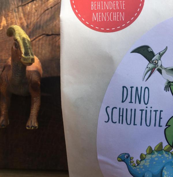 Wunderle Dino-Schultüte, Detail, Schule kann beginnen, jetzt geht´s los, Paläontologe, Dinoleidenschaft