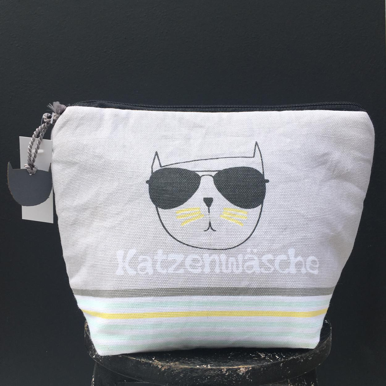 Kosmetiktasche, Wunderle, Katzenwäsche, Kulturbeutel, Reiselust, auf Reisen gehen, das Wichtigste, cat lover, Katzenliebe, cool cat, Geschenkideen