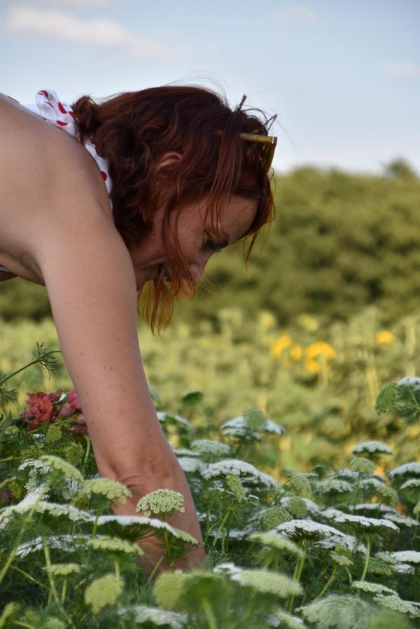 Blumenpflückerin, Selfie, It´s me, Blumenfeld, selbstgepflückt