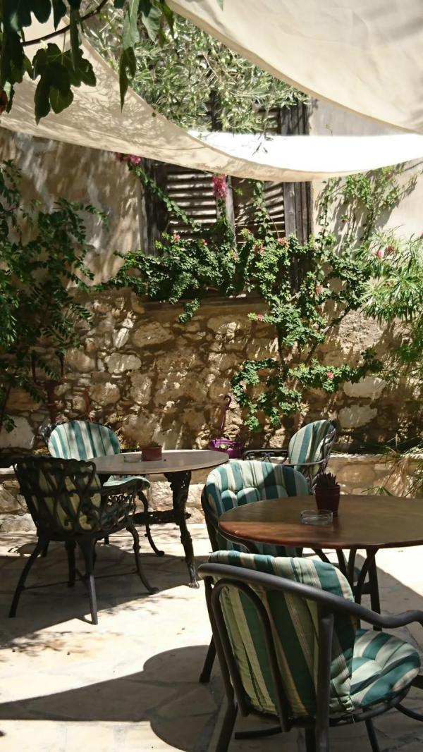 Cafe, Sonnensegel, Urlaubsambiente, Sommerglück, Weißt du noch Momente, lecker, Geheimtipp