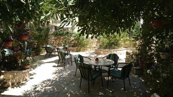 Zypern, Cafe, Auszeit, südländisches Ambiente, Sommerglück, Urlaub