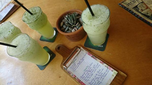 Erfrischung, Sommerlust, Abkühlung, erfrischender Durstlöscher, Zypriotischer Durstlöscher