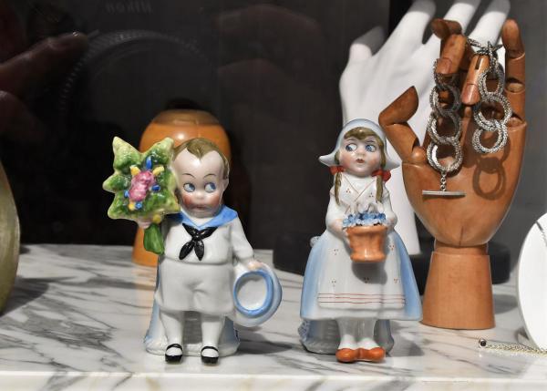 Porzellanfiguren, Landestypisches, Antwerpen, Wahrzeichen