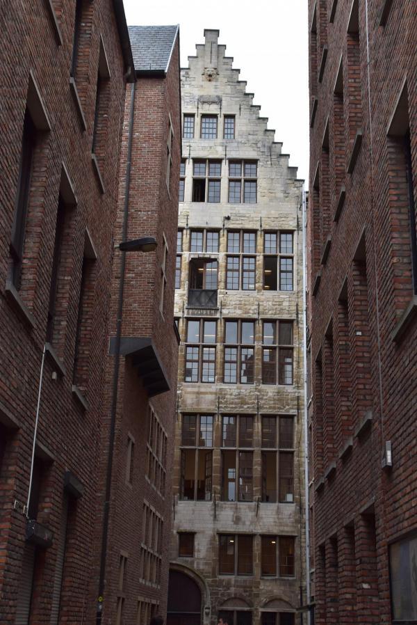 Antwerpen, Häuser, Blick in Seitengasse, Citytrip