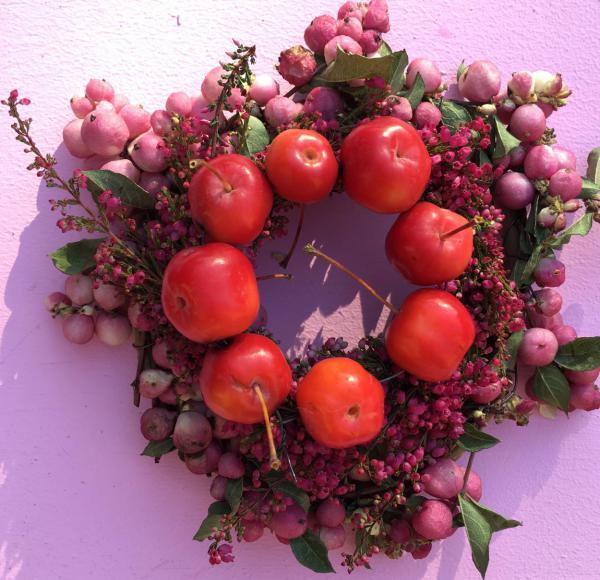 Herbstkränze, DIY, easy peasy, Herbstdeko, Zieräpfel, Heide, Knallerbsen