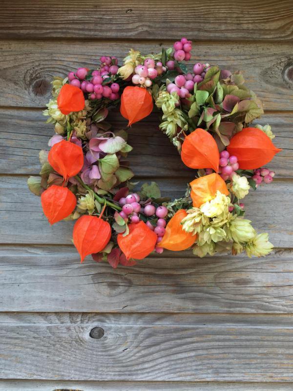 Herbstkranz, DIY, selbstgemacht, Herbst, bunter Herbstkranz