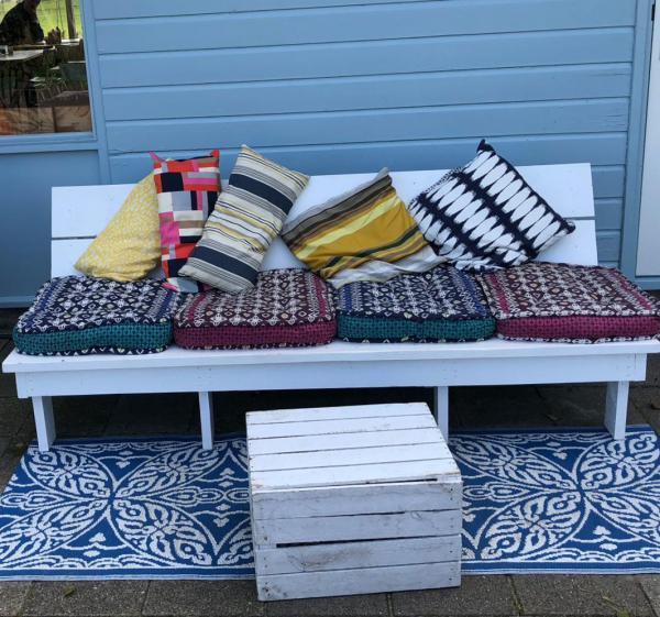 Outdoor-Sofa, einladend, Holland, nettes Cafe