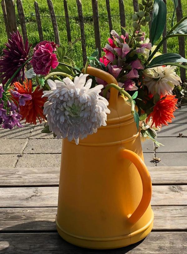 Blumen, Sommerstrauß, Dahlien, Tischdeko