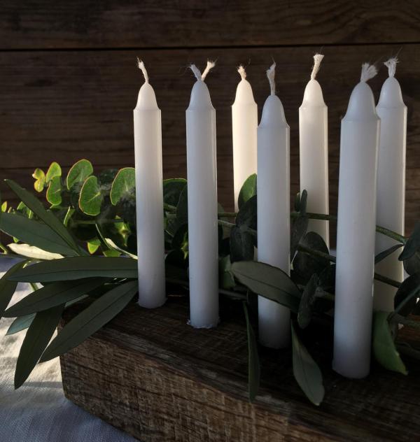 DIY, Kerzenbrett, selbstgemacht, Weihnachten, Advent, Eukalyptus, Geschenkidee