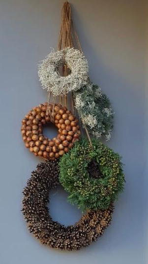 Kränze, gekränzt, Naturmaterialien, Dekoration