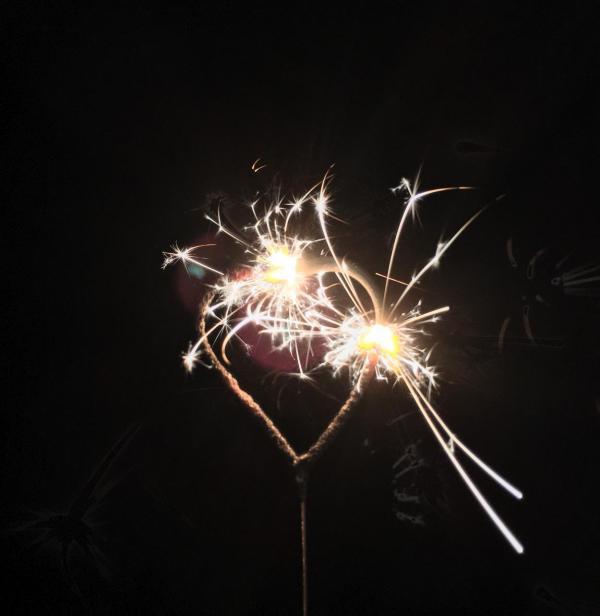 Herz, Wunderkerze, Silvester, Jahreswechsel, Willkommen 2019, Liebe