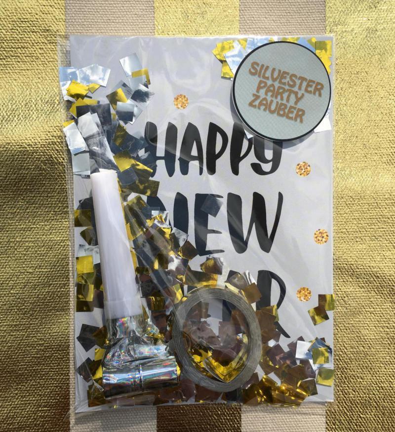 Happy New Year, Silvestertüte, Wunderle, Kleinigkeit, Mitbringsel, gefertigt in Werkstätten für behinderte Menschen