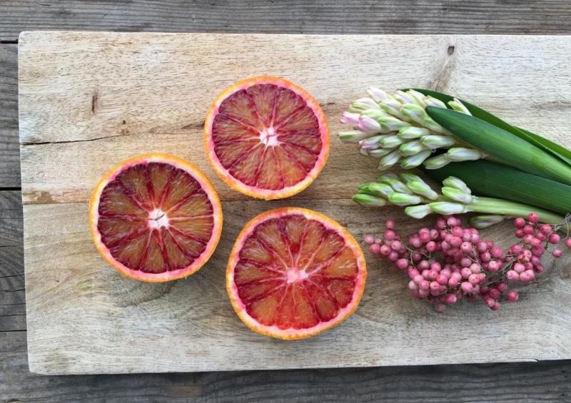 Orangen, lecker, gesund, frische Küche, Frühling, rosa Pfeffer