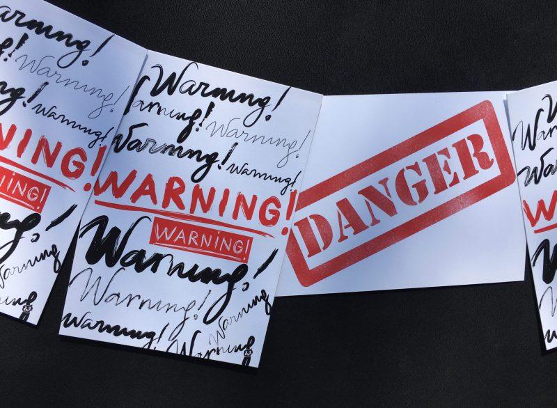 Warning, Danger, Postkarte, Wunderledetail, Geschenk, Kleinigkeit, Mitbringsel