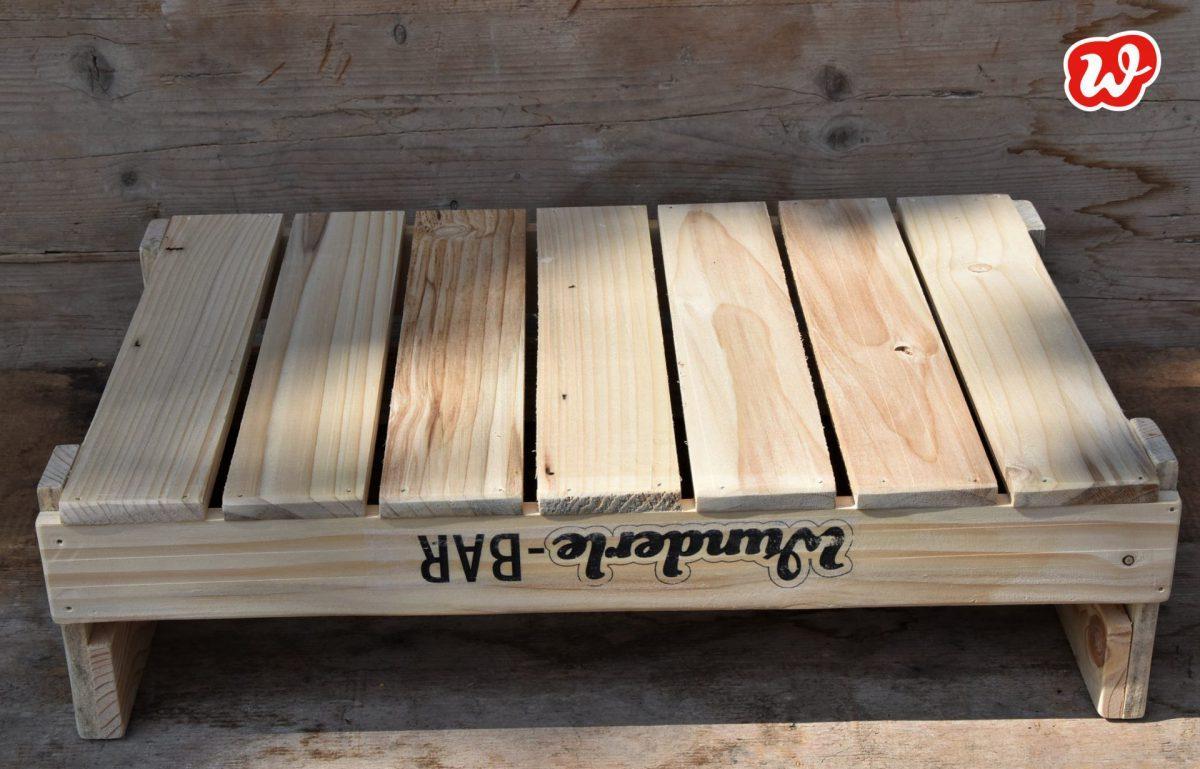 Wunderle-Bar, Unterseite, Holzdisplay, umweltbewusst, nachhaltig, gefertigt in Werkstätten für Menschen mit Behinderung, Neuheit