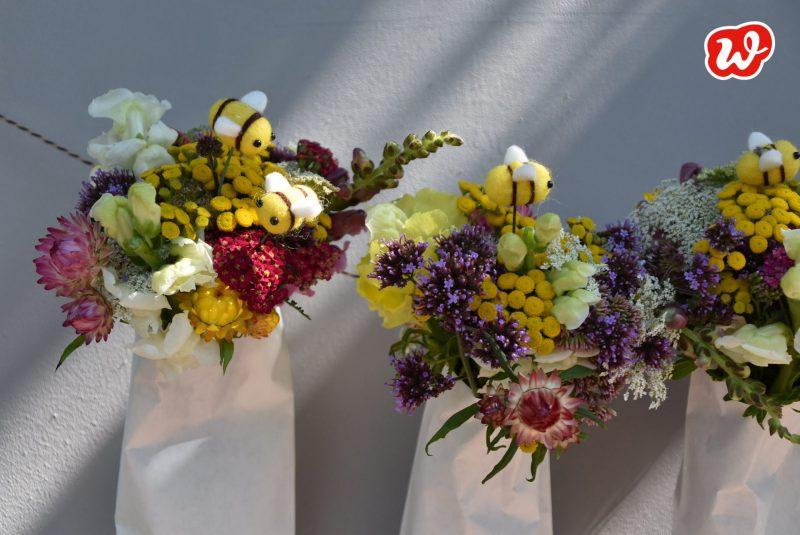DIY, Sommer, Blumengirlande, Dekoration, Filzbiene, schnell gemacht