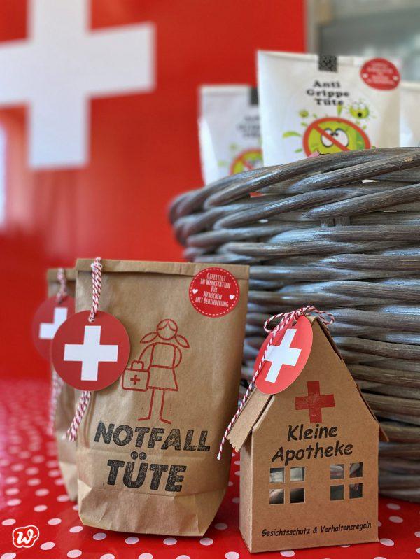 Wundertüte Notfall und Papphaus Kleine Apotheke